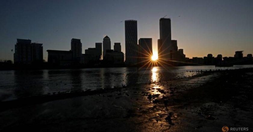 UK economy to slump over 10%, debts to surge: Moody's