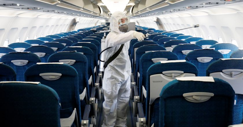 Vietnam suspends flights to and from Danang due to virus outbreak
