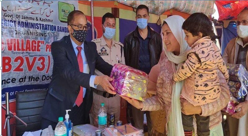 Kashmir's Horticulture Director attends Bal Divas at Gurez