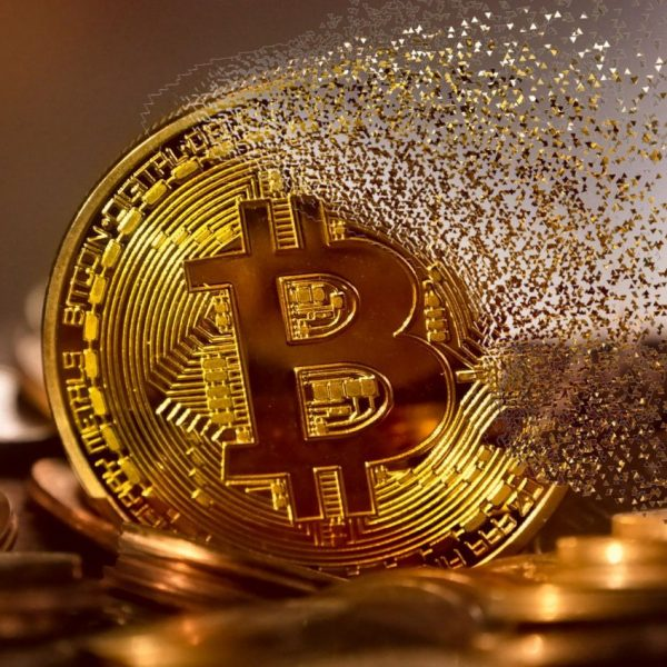 Two Chinese nationals arrested by cops in ops theft in bitcoin.