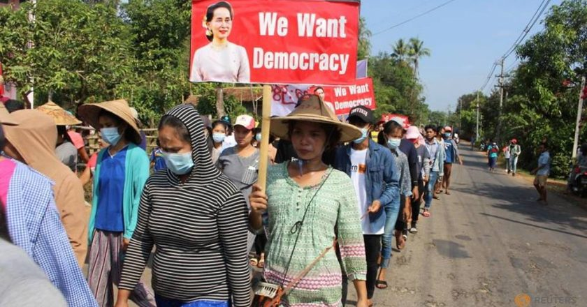 Myanmar protesters clap to denounce junta as region focuses on crisis