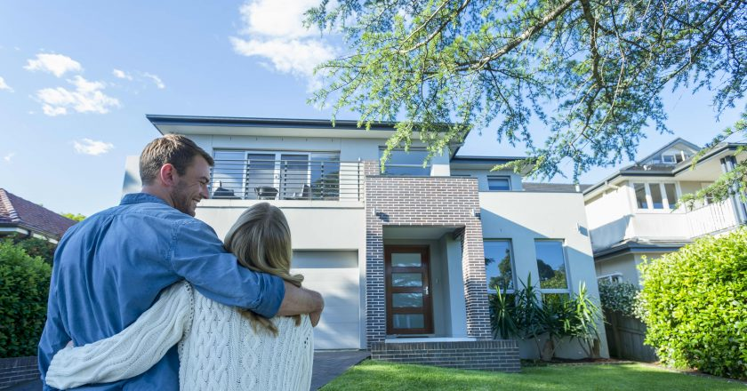 Why home prices are still sky high and what you can do if you're looking to buy